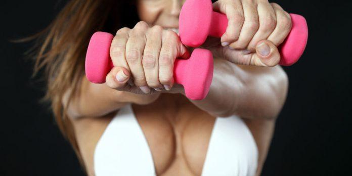 esercizi per aumentare il seno